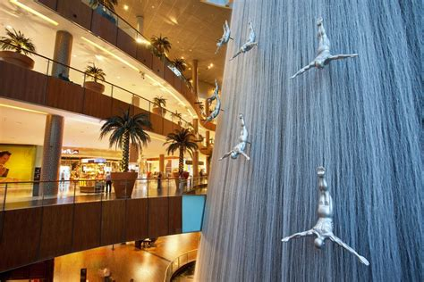 A Complete Guide to the Dubai Mall